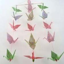origami chambre bébé mobile en origami 10 grues rouges décoration murale chambre bébé