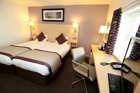 Twin Bed Hotel by Twin Bedroom Hotel In Eastbourne By The Sea Shore View