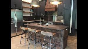 paint vs stain kitchen cabinets should i choose painted or stained kitchen cabinets