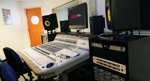 Recording Studio Desk Uk by Audient Studio Music U0026 Recording Facilities Acm