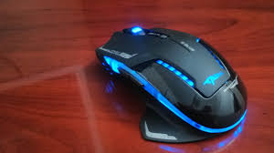 light up wireless gaming mouse budget gaming mice compared to expensive gaming mice as well
