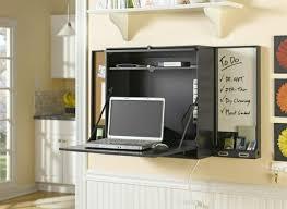 bureau pliant conforama le bureau pliable est fait pour faciliter votre vie voyez nos