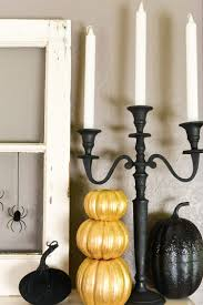 35 fall mantel decorating ideas halloween mantel decorations home