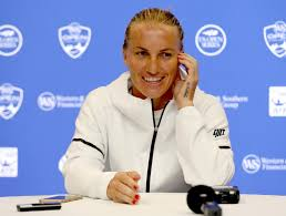 Put On The Map Kuznetsova Kournikova Put Russian Tennis On The Map Wta Tennis