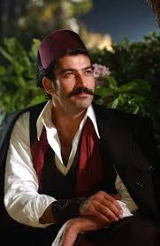 The Last Ottoman Songul Oden And Kıvanc Tatlitug With Middleeasterns Fan