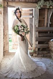 Rustic Barn Wedding Dresses Beautiful Barn Wedding Inspiration Shoot A Winter U0027s Romance