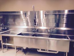 Restaurant Style Kitchen Faucet Best 25 Commercial Kitchen Ideas On Pinterest Bakery Kitchen