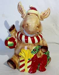 harry david moose cookie jar with present wreath 12