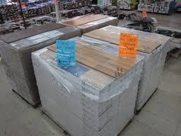 truck load of 8mm 10mm laminate flooring 79 dalton ga