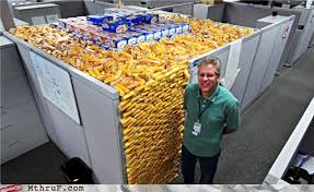 Twinkie Meme - in mexico you know what they call twinkies los submarinos