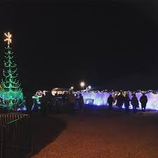 branson drive through christmas lights the 10 best christmas displays in missouri