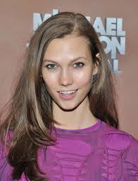 karlie kloss long side part karlie kloss long hairstyles looks