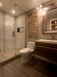 Flooring Ideas For Small Bathrooms by Best 25 Basement Bathroom Ideas Ideas On Pinterest Flooring