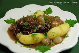 cuisiner la palette de porc palette de porc à la bourguignonne péché de gourmandise