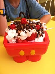 Mickeys Kitchen Sink Sundae Review Exploring Disney - Kitchen sink ice cream sundae