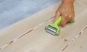 treppe mit vinyl bekleben verlegearten vinylboden zum kleben oder klicken wineo