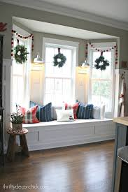 Home Decorating Ideas For Christmas Best 25 Bay Window Decor Ideas On Pinterest Bay Windows Bay