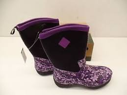 s muck boots size 9 muck boots s arctic weekend boot purple floral size 9