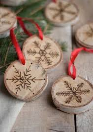 wood disc ornaments made from tree limbs wood disc craft ideas