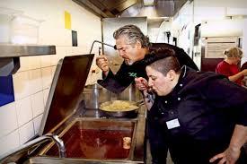 sterneküche stuttgart frank oehler kocht bei der diakonie sterneküche in der kantine