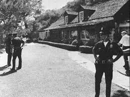famous crime scene photos mapping 21 of los angeles u0027s most notorious murder sites