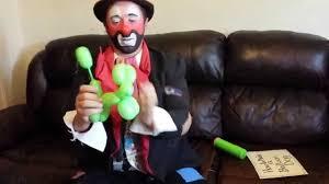 clown balloon sleepy the clown how to make a balloon dog