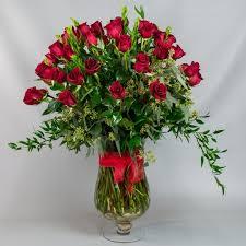2 dozen roses delux 2 dozen roses in glass vase 4 wholesale flowers and supplies