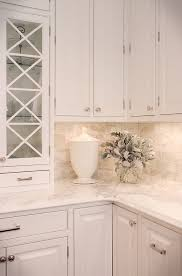 Backsplash Kitchen Ideas by Best 10 White Marble Kitchen Ideas On Pinterest Marble