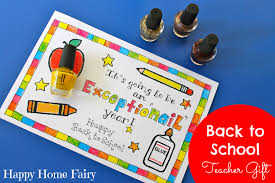 easy gift for the day of school happy home