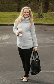trendy maternity clothes you look cold in a pod