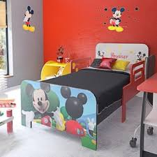 chambre mickey mouse chambre d enfant garçon lit et meuble chambre enfant mickey