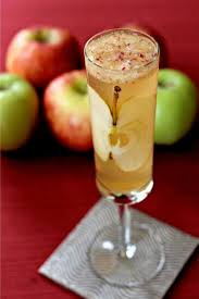 8 thanksgiving cocktail recipes glitter guide