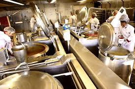 le branle dans la cuisine isère sud dans les coulisses de la cuisine centrale municipale