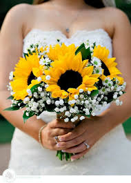 country wedding bouquets a wedding bouquet with sunflowers best sunflower table