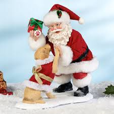 clothtique santa high five clothtique santa with yellow lab figurine