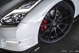 white nissan white nissan gt r r35 adv10 m v2 cs wheels adv 1 wheels
