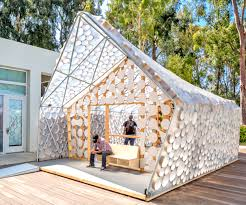 Pop Up Tiny House by Backyard Bi H Ome Is A Tiny Low Cost House With A Light