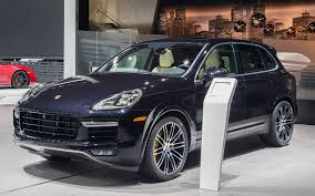 fashion grey porsche turbo s 2016 porsche cayenne turbo s lap the nürburgring with style the