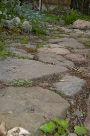 Pictures Of Stone Walkways by Smooth Tight Flagstone Pathway