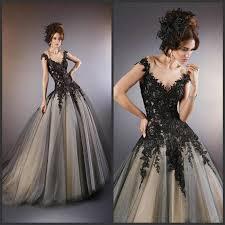 rockige brautkleider die besten 25 schwarzes brautkleid ideen auf gotik