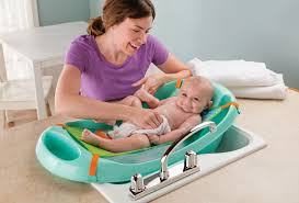 Summer Cradling Comfort Baby Bath Win My Fun Tub The New Grow With Me Bathtub From Summer Infant