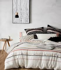 how to make a small room feel bigger easy cheats on how to make a small room look bigger