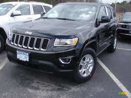 jeep black 4 door 2014 black forest green pearl jeep grand cherokee laredo 4x4