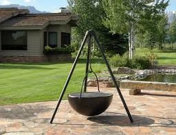 Cowboy Grill And Fire Pit by 35 Metal Fire Pit Designs And Outdoor Setting Ideas
