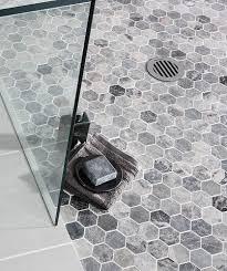 Hexagon Tile Bathroom Floor by Best 25 Honeycomb Tile Ideas On Pinterest Hexagon Tiles
