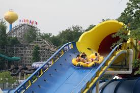 guinness world records names longest water coaster at holiday world