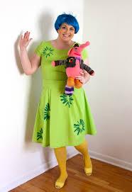 show and tell meg fo a joy full halloween costume
