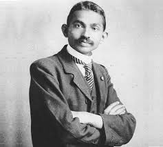 mohandas gandhi biography essay mahatma gandhi biography facts life history role in india s