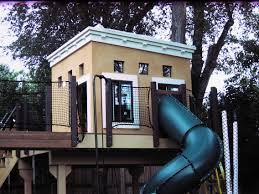 Simple Backyard Tree Houses by Simple Modern Backyard Tree House Ideas With Slides For Kids