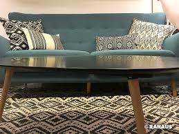 sofa berlin retro sofa couchtisch teppich carpet kissen stoff interior